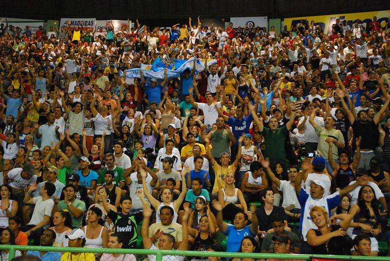 Montes Claros Vôlei tem a maior torcida da Superliga
