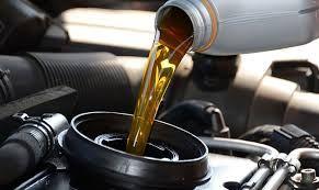 Mitos e verdades sobre a  troca de óleo do seu carro